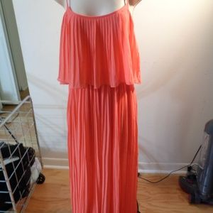 Forever 21 Peach pleated maxi dress